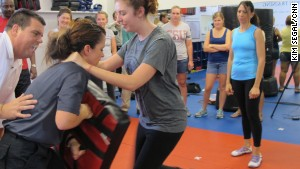America Security News.- Educators learned self-defense technique in a recent training class in Lake Mary, Florida. Photo Credit Kim Segal CNN